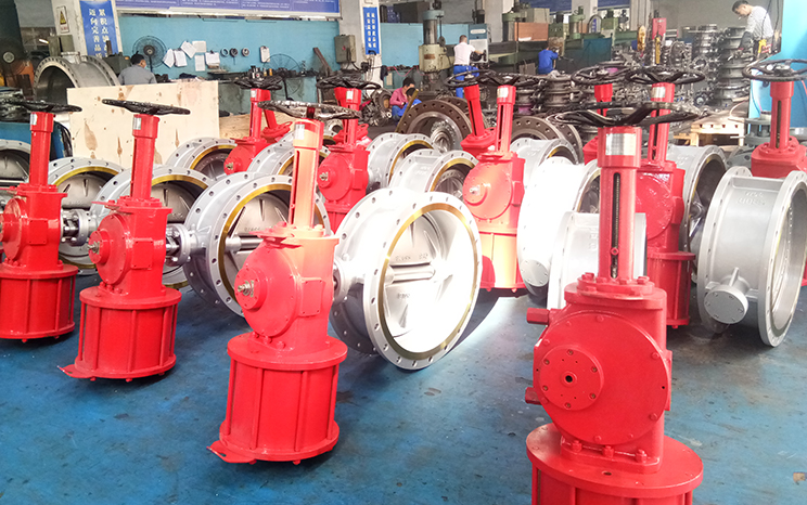 Valves fly to UK